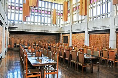 440px-massey-dining-hall